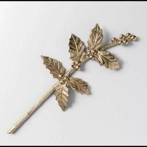 "Opalhouse Metal Leaf & Berry Stem Holly Gold 18"""